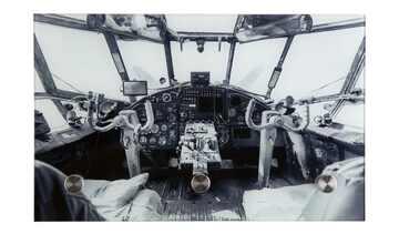 Glasgarderobe  Cockpit